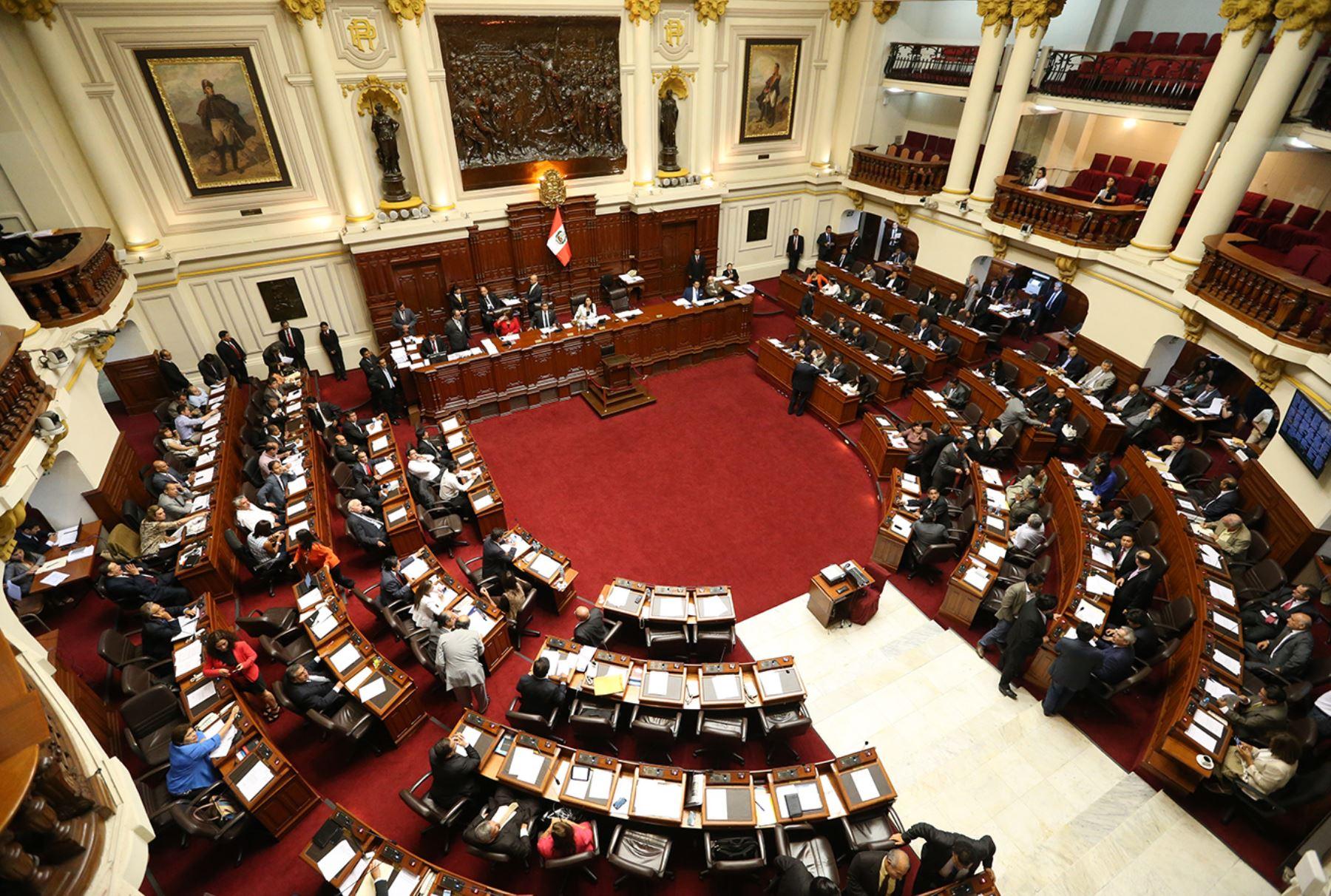 La disolución constitucional del Congreso de la República del Perú |  Enfoque Derecho | El Portal de Actualidad Jurídica de THEMIS